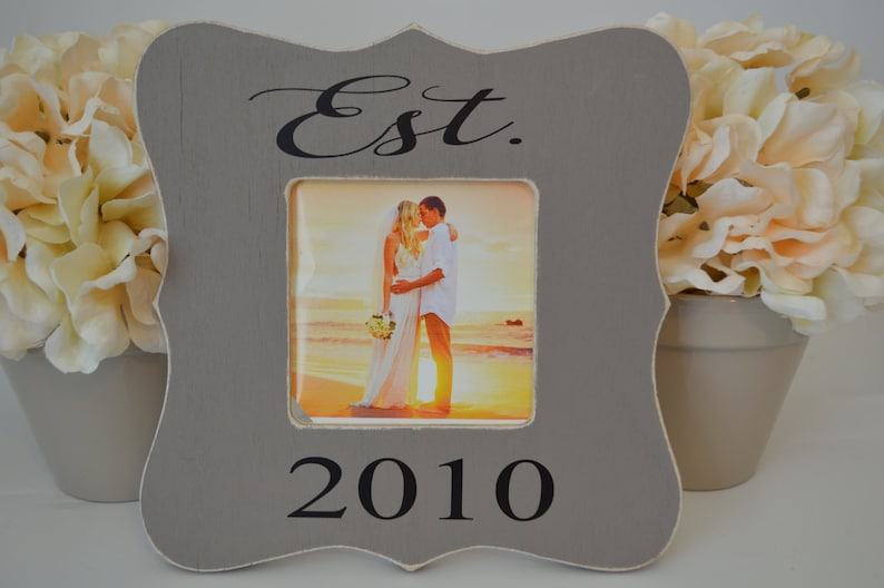 last name picture frame establish date picture frame custom picture frame personalized picture frame Family picture frame