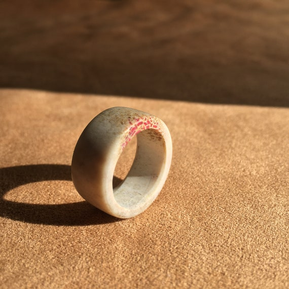 Antler Ring, Natural Whitetail Deer Antler Ring With Pink Inlay, US Size 6 Band Ring, Eco-Friendly Jewelry, BOHO, Woodland Style