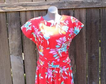 Womens Vintage Hawaiian Dress, Pin Up Girl, Rockabilly Style, Retro 1940s Styles, Red Floral Print, Size Medium