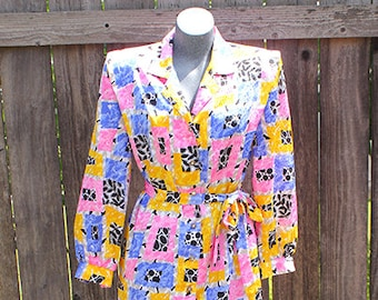 Vintage New Look California Shirt Dress, Womens Dress With Pockets, Multi Color Pink, Blue, Yellow, Size 10 / Medium, Made in USA