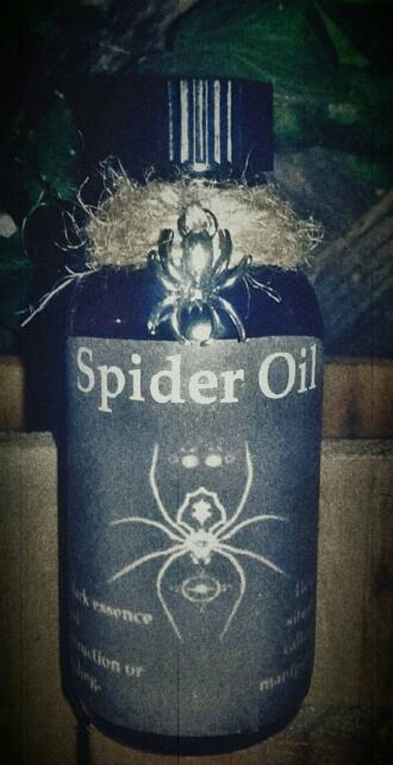 Spider Oil - Conjure - Ritual Oil - Magick - Witchcraft - Occult -  Manipulation Spells - Binding Spells - Hex - Pagan - Voodoo - Hoodoo