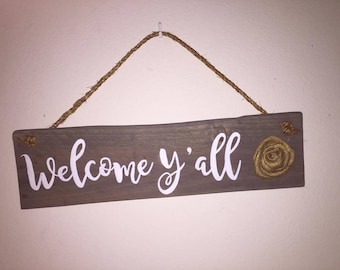 Reclaimed wood welcome hanging sign