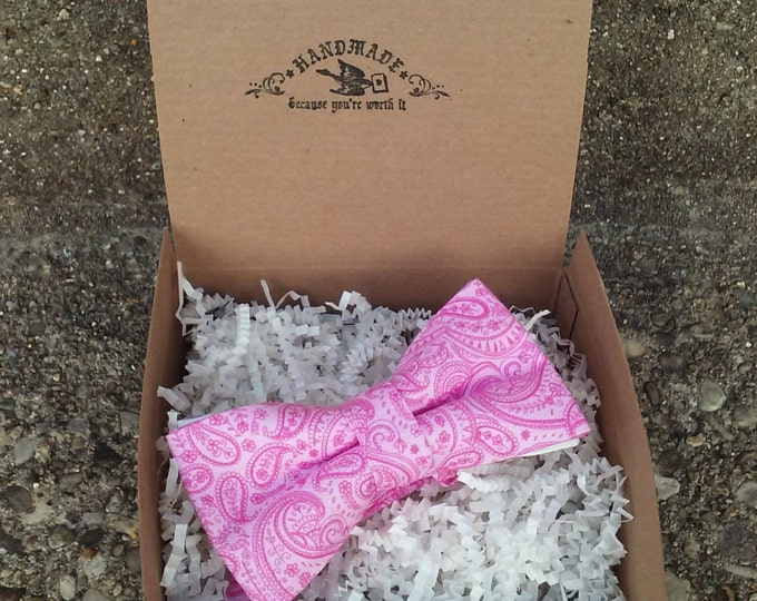Men's Pink and White Paisley Bowtie