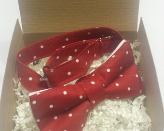 SALE Men's Red and White Polka Dots Bowtie