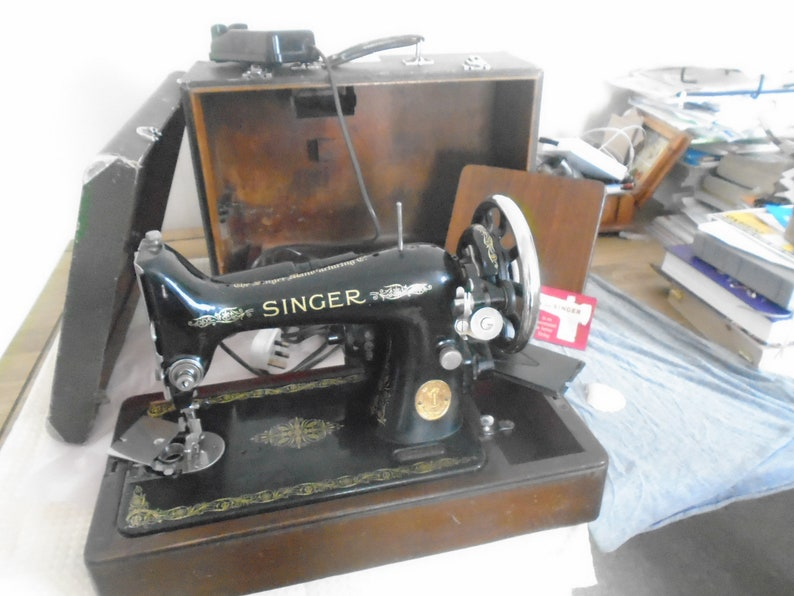 www sewalot com dating_singer_sewing_machine_by_serial_number htm