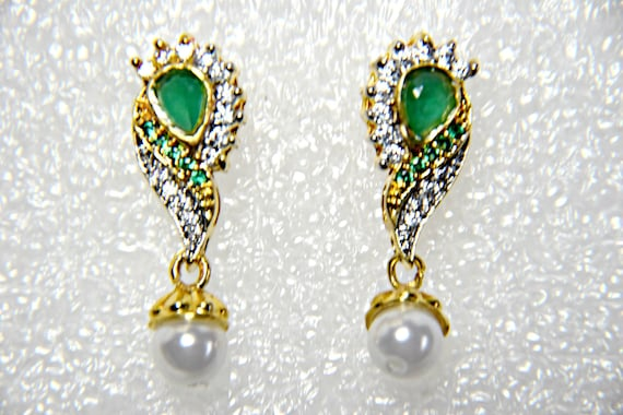 EMERALD EARRINGS VINTAGE Art Deco Emerald earrings