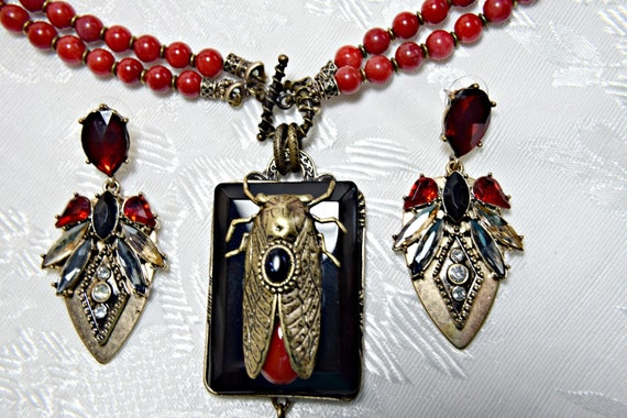 Red and Black Statement Cicada Insect Bee necklace set Bee necklace Gatsby Necklace Set ART DECO Necklace Set Insect necklace set