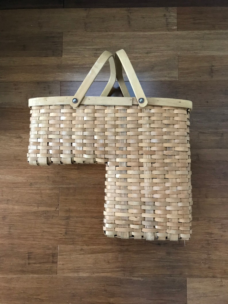 Exceptionnel Vintage Wicker Stair Basket Two Handle Grab And Go Stairway Tote Farmhouse  Chic Storage