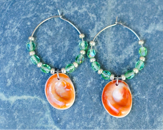 "Green ""Peridot"", orange, silver & seal shell Earring hoops creole - Eye of Santa Lucia"