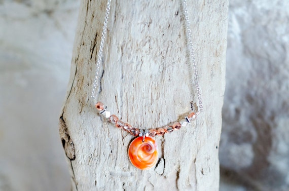 "Necklace CERIANTHUS pink coral - Seal shell ""Eye of Santa Lucia"" and pink coral glass beads"