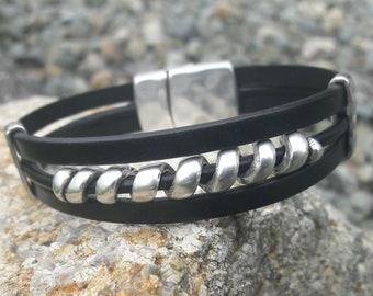 MENS BRACELET, Boyfriend gift, Leather bracelet, Unisex cuff, Silver and Leather, Gift for him, Bridal party gift, Black leather bracelet