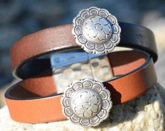 CONCHO BRACELET, Silver Concho, Leather bracelet, Southwestern Jewelry, Western Leather bracelet, Horse lovers, Western Jewelry, Equestrian
