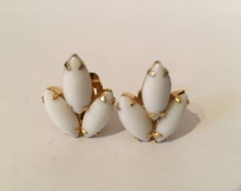 Continental White Glass Earrings - Milk Glass Earrings - Bridal Jewelry - Gold Tone Earrings