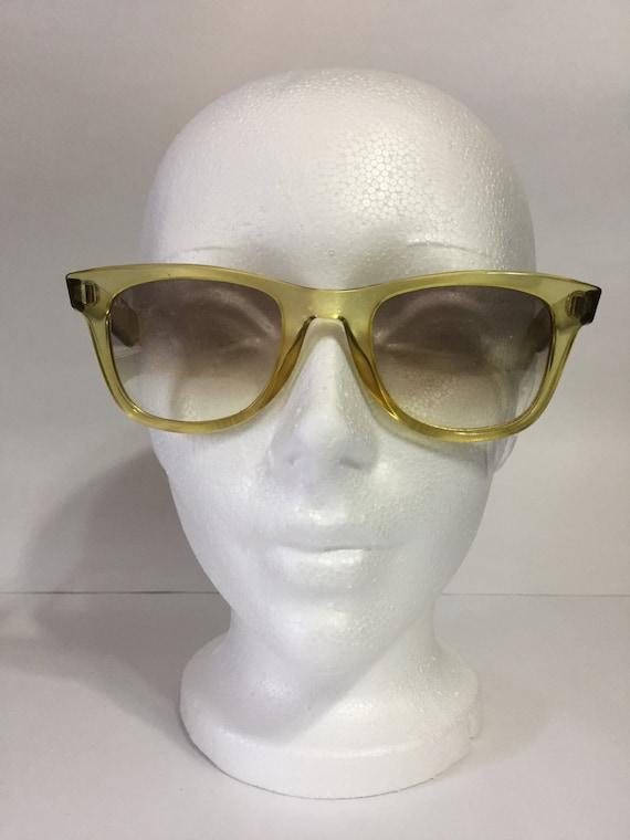 Esprit Sunglasses Vintage 7003 - Vintage Sunglasse
