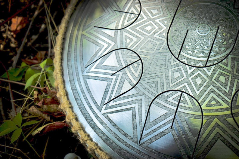 Steel tongue drum Solar especially for travel with nine notes image 0