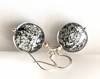 Murano Black & White earrings, Dangle Murano glass earrings, Stunning earrings