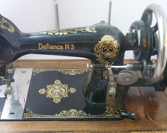 Rare Harris Defiance 3 sewing machine hand crank Lehnmann formerly Baach & Klie