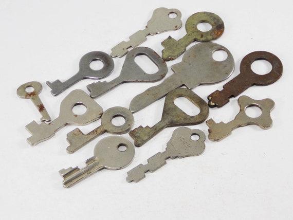 Skeleton Keys Metal Antique Keys Steampunk Jewelry Finding Parts Primitive Keys Old House Keys Stamped Doors Key To My Heart Decorative Keys