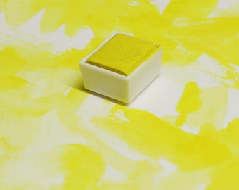 Lemon Yellow Magnetised Watercolour half pan