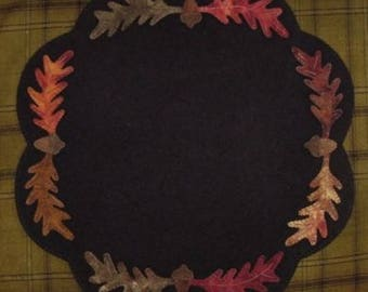 Acorn & Leaves Table Mat