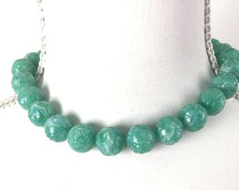 1930s green celluloid necklace floral design vintage