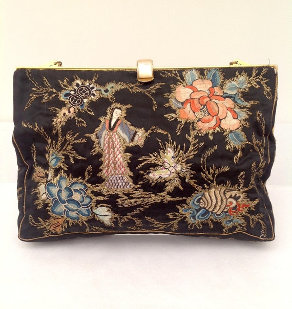 05936ab397a9 Beautiful Chinese embroidered purse bag 1930s vintage