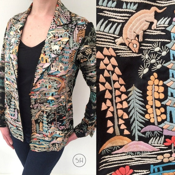 Magnificent 1920s jacket silk Chinese embroidered