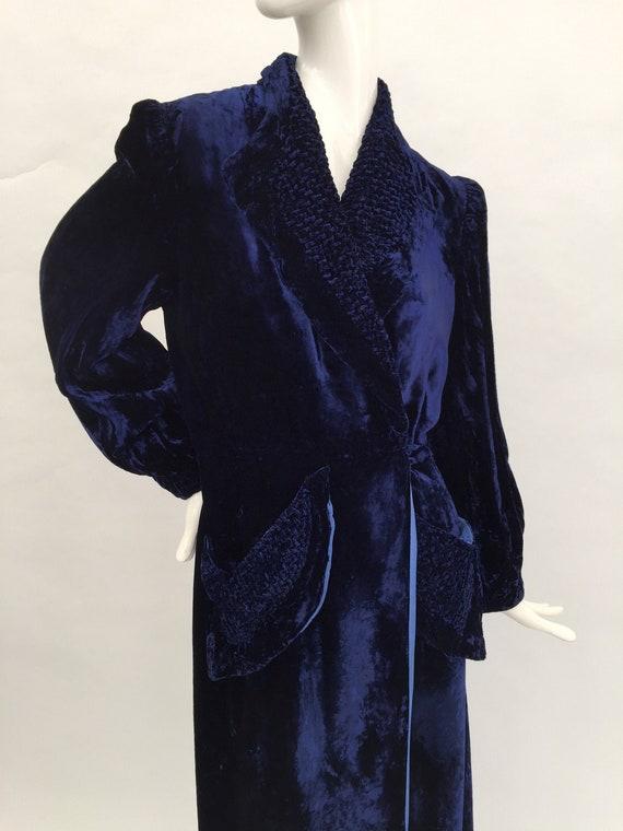 1930s coat dressing gown midnight blue velvet vint