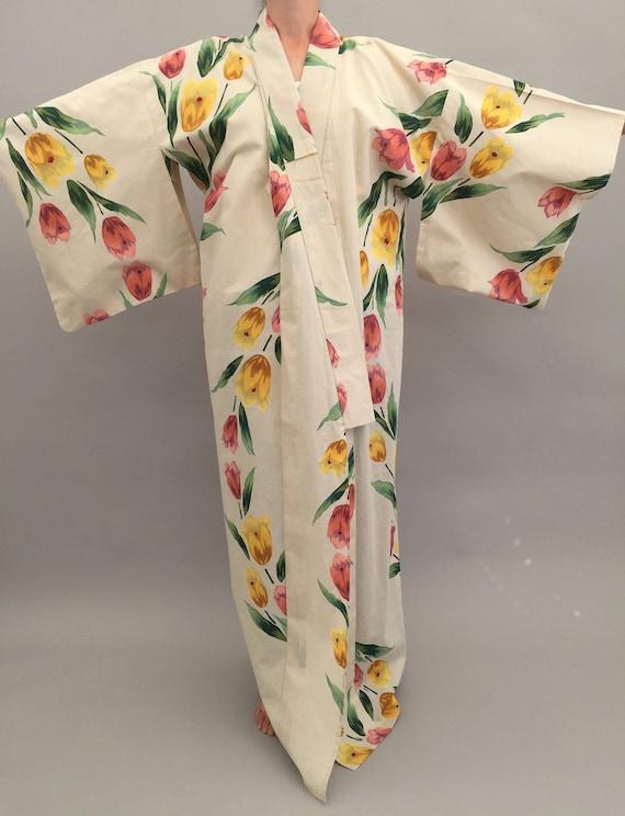 1930s style kimono robe tulip floral design vintag