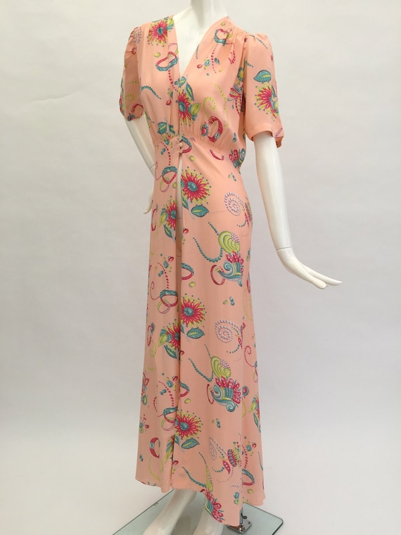1930s robe dressing gown novelty jewellery and wat