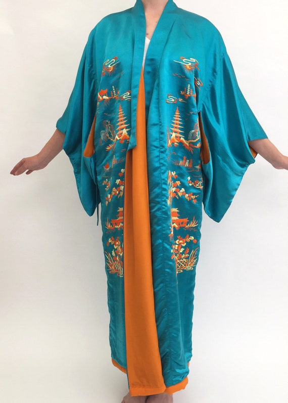 1920s silk embroidered kimono robe antique vintage