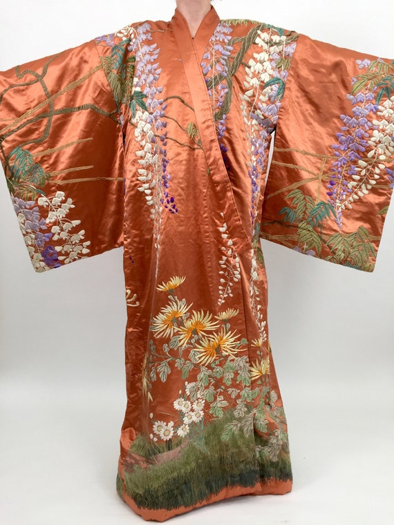 Antique kimono silk embroidered Japanese vintage a