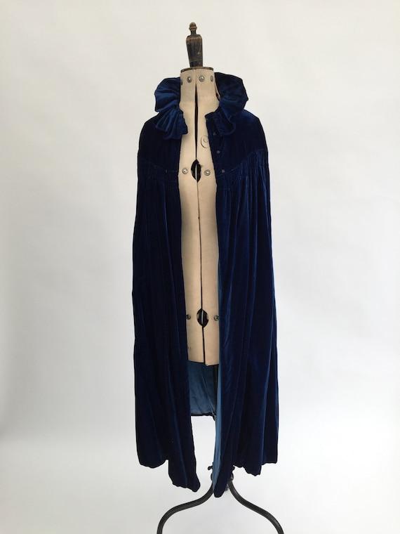 1920s cape blue silk velvet antique vintage