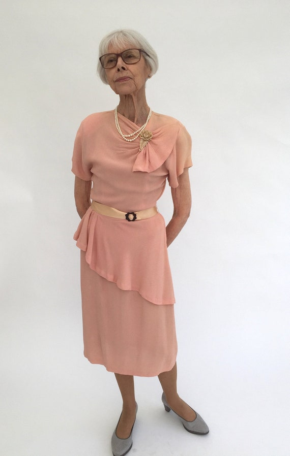 1940s dress pink crepe vintage antique