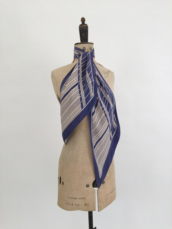 1930s silk scarf blue and white vintage antique