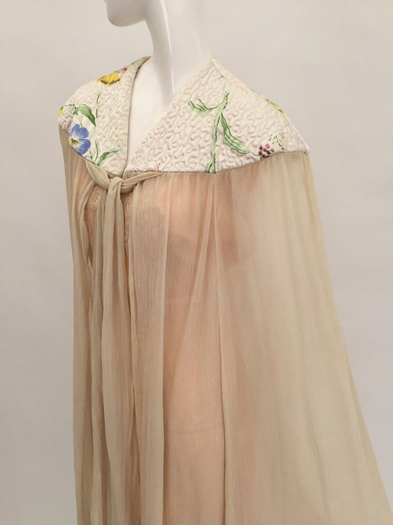 1930s cape in chiffon and satin vintage antique