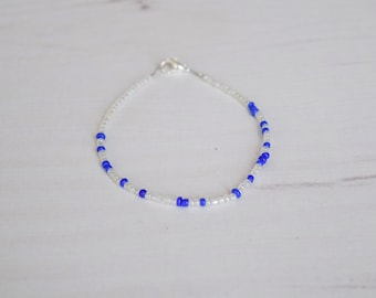 Pearl and blue bead bracelet