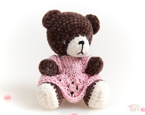 Honey Teddy Bear [Free Crochet Pattern] | 453x570