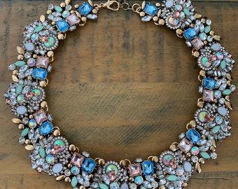Eye catching marvellous India multicoloured statement necklace/bib/choker
