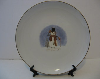 9' Gold trimmed Holiday Plate - Snowmen are warm at Heart