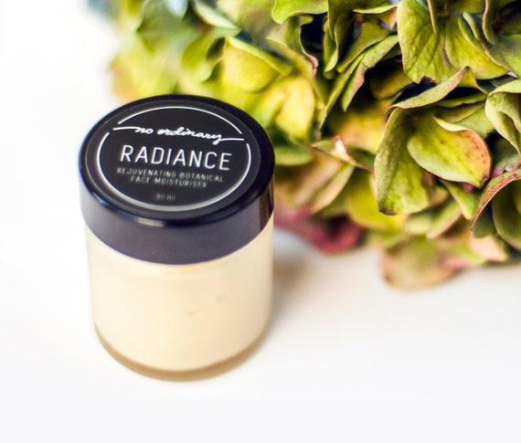 No Ordinary Radiance Rejuvenating Botanical Moisturiser 30ml