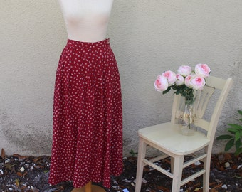 80s /early 90s Red Pleated Maxi Skirt with Abstract White Print - S/M