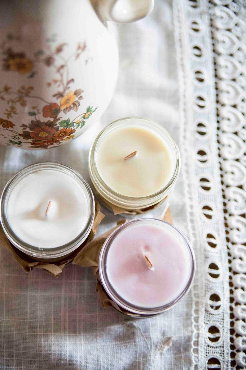 Sakura  Cherry blossom  candle   Soy wax & cedar wood tick image 0