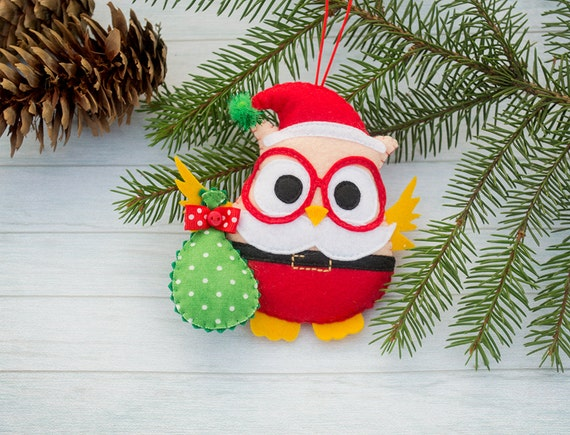 image 0 - Christmas Tree Decorated With Owls