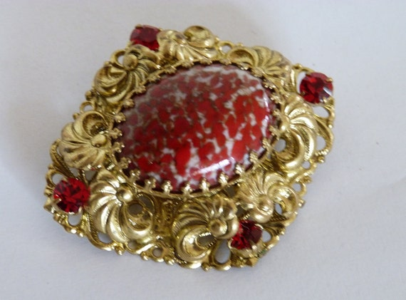 Medieval Style Brooch Pin Large and Signed Hollywood Red Purple Cabochons /& Rhinestones Ornate Metalwork Vintage Costume Jewellery Jewelry
