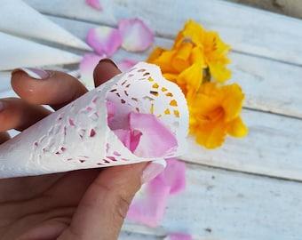 Small Cones for Confetti,Wedding petal cones, Wedding cones,Paper Cones, Vintage wedding, Lace paper, Confetti Cones, Flower Petal Cones