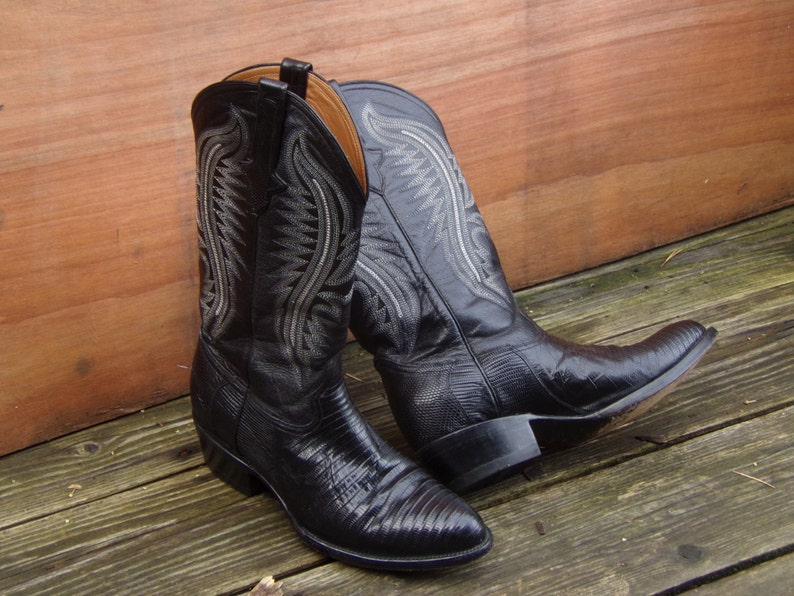 aa46fda4900 Black Western Boots Ferrini Lizard Skin Cowboy Boots Mens Size 9 Made in  Italy Leather Boots Western style Boots Hand Made Boots Boho