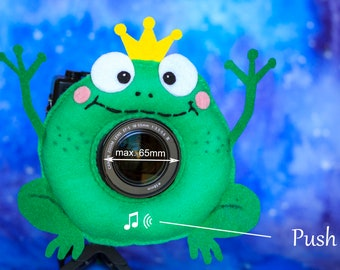 Photographer Helper, Camera Lens Buddy (65 mm hole) with a Squeaker - Funny Frog with a Crown