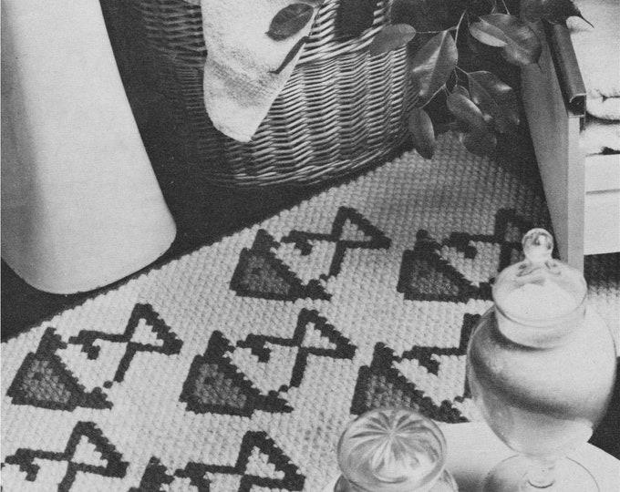 Fish Motif Rug Pattern PDF worked in Brick Stitch, Home Accessories, Foor Mat, Turkey Rug Wool, Bathroom Mat, Vintage Patterns for the Home