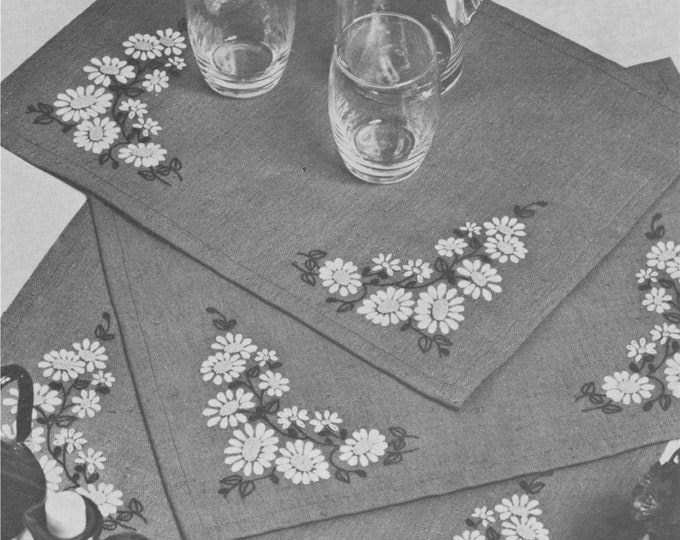 Daisy Place Mats Embroidery Pattern PDF, Table Linen, Vintage Patterns for the Home